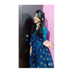 Profile picture of Zoya Hussain