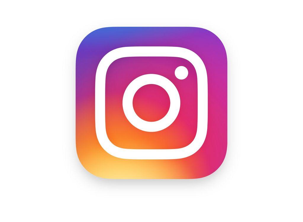 Sassy Yet Elegant Instagram Captions!!! | Wrytin