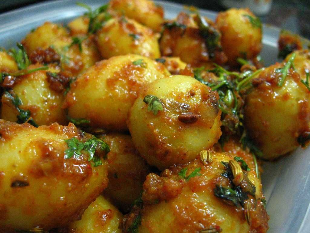 Dum aloo, kashmiri food and cuisine