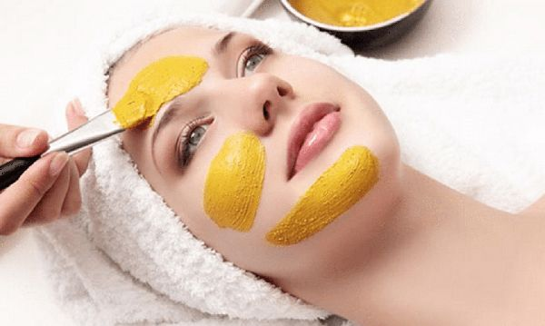 28-remarkable-benefits-of-turmeric-for-skin-care-feature-image-k2jzaqvp