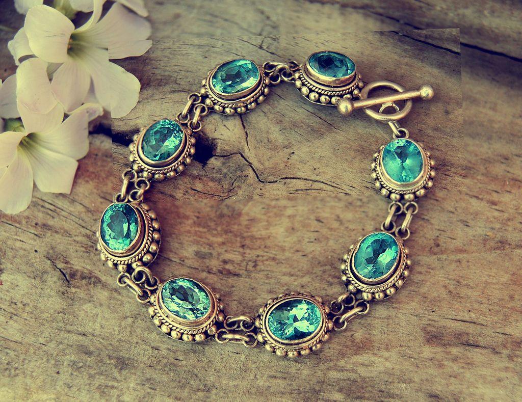 bracelet-1198740-1280-k1qh70s9