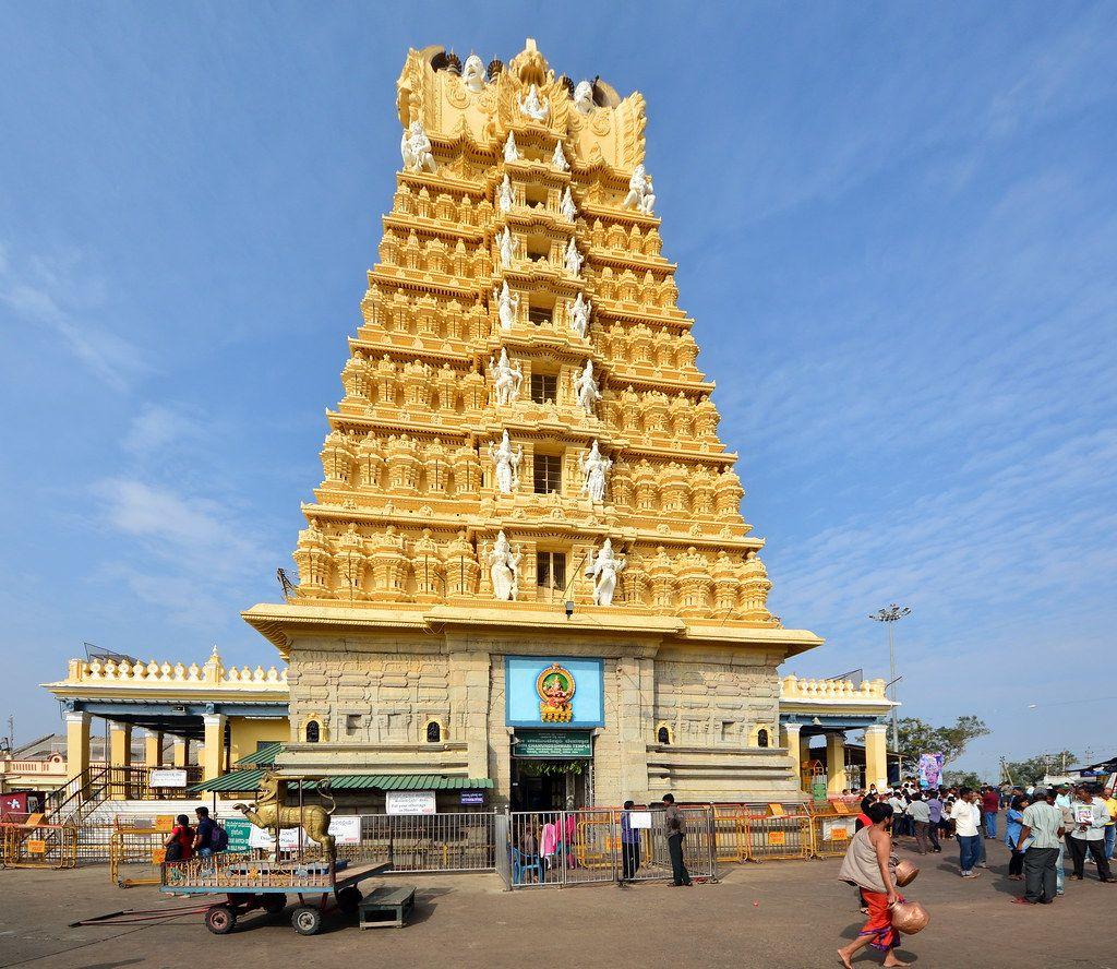 chamundeswari-temple-k102un79