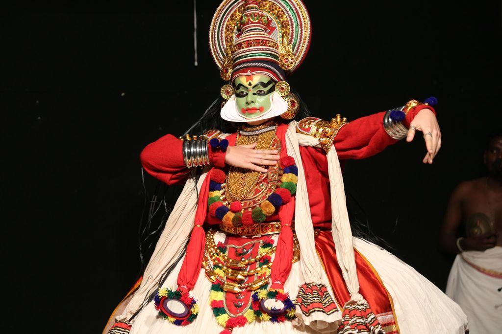 kathakali-dance-k2iu1hiw