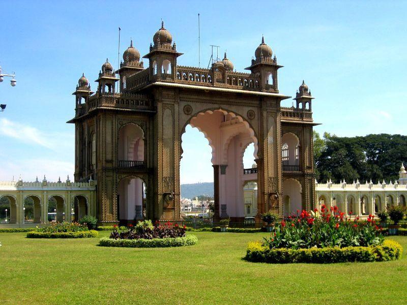 mysore-travel-guide-k1094pzg
