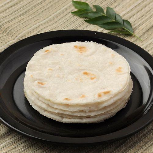pathiri-or-rice-roti-k1yz8qdj