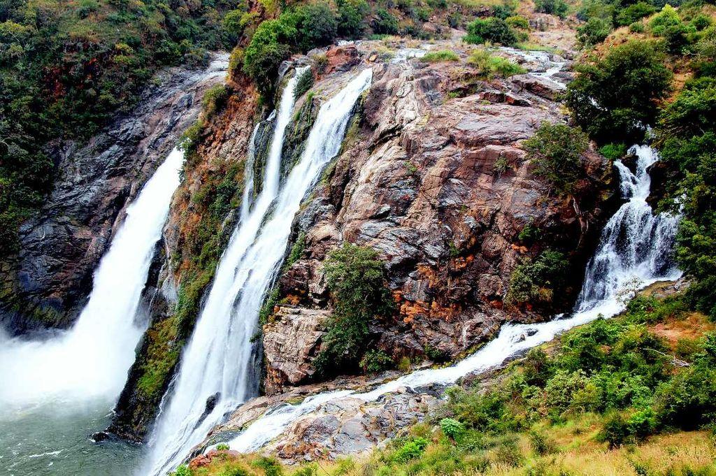 shivanasamudra-falls-k1042dux
