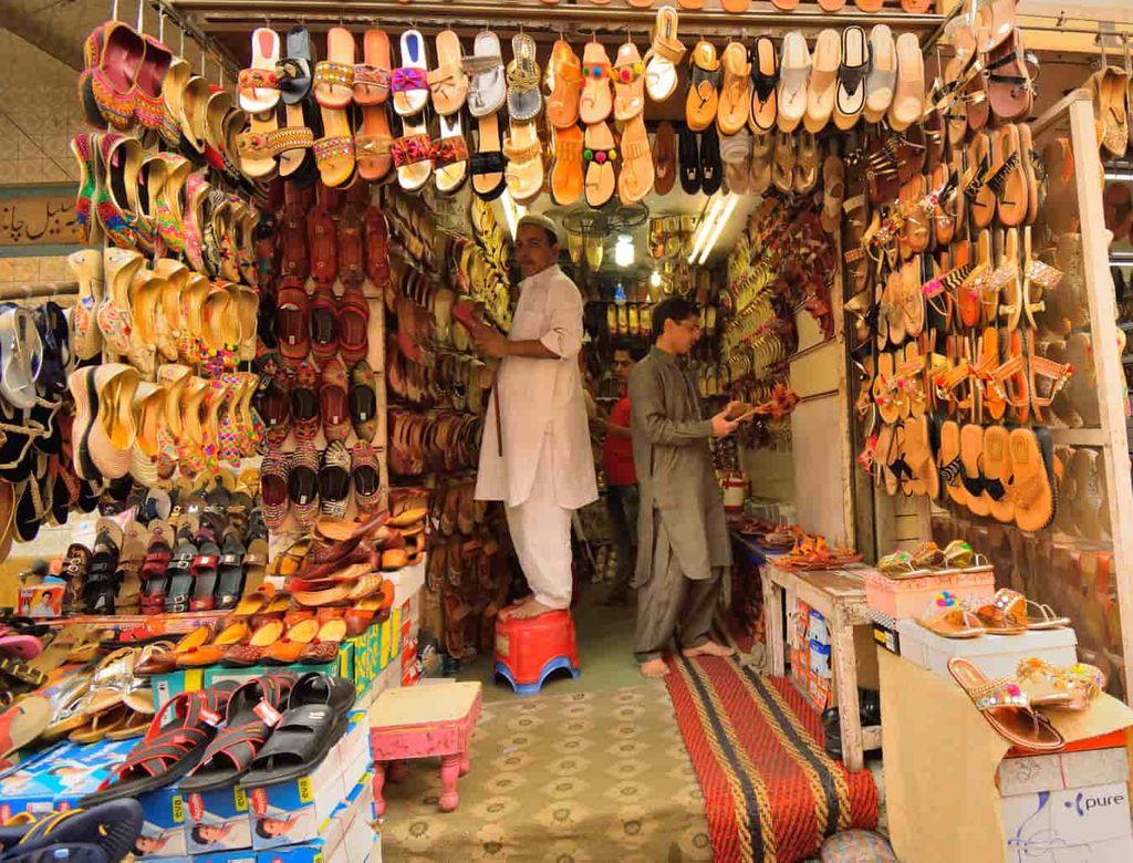 wholesale-shoe-markets-in-delhi--k2h6gjub